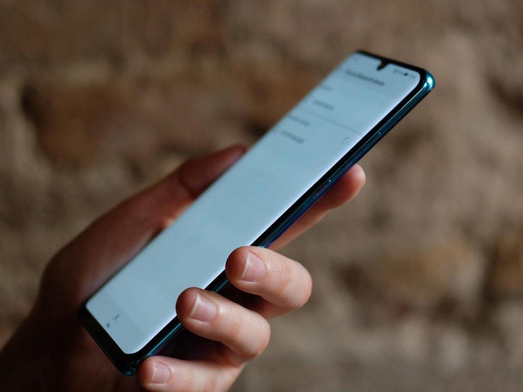 Обзор Huawei P30 и P30 Pro - цена, камера и все, что нужно знать о них