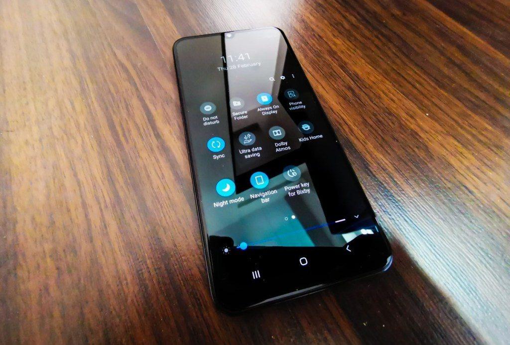 Обзор Samsung Galaxy A50: лучше Xiaomi и Huawei/Honor?