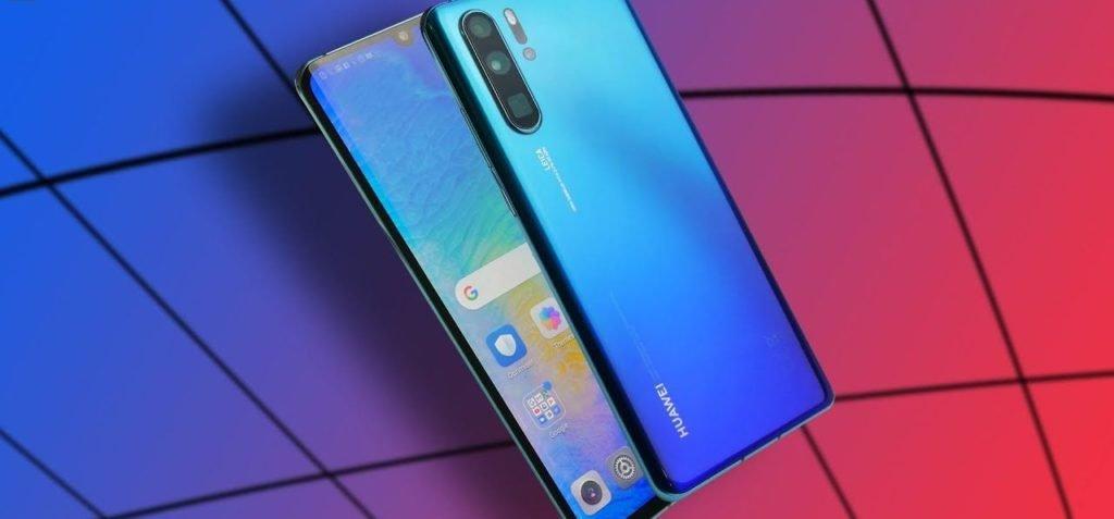 Стало известно, что будет с продажами смартфонов Huawei из-за санкций США